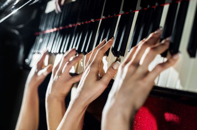 Thumbnail for 'Stanford scholar reveals the surprising cultural history of four-hand piano playing'