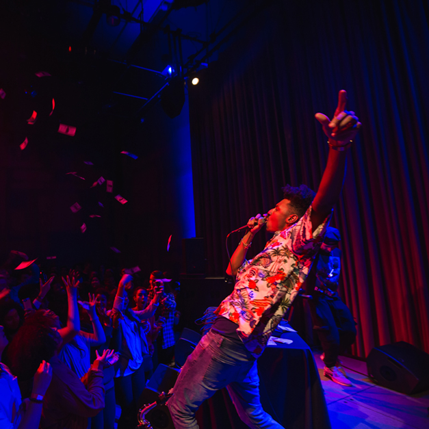 Hip hop artist Masego entertains the crowd in the Bing Studio, presented by Stanford Concert Network.